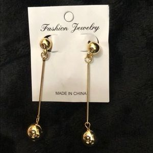 "CUTE GOLD BALL DROP 2.5"" EARRINGS! VERY CLASSY!!"